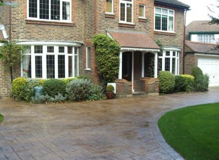 Pattern Imprinted Concrete Driveway in Royal Ashlar