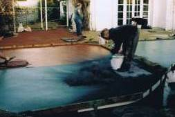 Applying Antique Release Agent to Concrete Surface for Stamped Concrete