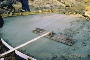 Levelling Stamped Concrete with a Screeding Tool
